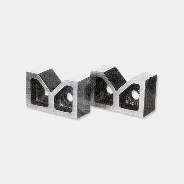 Cast Iron V Blocks Set
